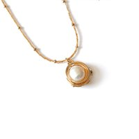 Wholesale pearl pendant neck resale online - Round Pearl Pendant Necklace For Women Circle Design Fashion Neck Jewelry Girls Party Decoration Alloy Lady Shell Necklace