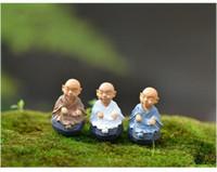 ingrosso ornamenti in miniatura-Nuovo kung fu Cartoon monk figurine fairy garden miniature ornamenti terrario Decorazione muschio Micro Paesaggio mestieri in resina