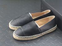 damen webt großhandel-Alle schwarzen Designer Freizeitschuhe Hausschuhe aus weichem Stroh Weben Loafer Espadrilles Leder Cap Toe Canvas Chaussures Luxus Damen Slip On