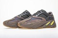 farbenfrohe athletische schuhe großhandel-Wave Runner 700 v2 schuhe Mauve OG Feste graue Trägheit Statische Geode Laufschuhe Nähte Farbe Athletics Sneakers