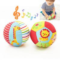 bebek müzik bezi toptan satış-Bebek Oyuncakları Çocuklar Için Hayvan Topu Yumuşak Peluş Ile Mobil Oyuncaklar Ses Bebek Çıngırak Bebek Vücut Geliştirme Top Oyuncaklar Için 0-12 Ay