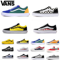 männer skateboard segeltuchschuhe groihandel-2020 Vans Old Skool Männer Frauen Freizeitschuhe Rock-Flamme Yacht Club Sharktooth Peanuts Skateboard VANS Mens Canvas Skate Sneakers Beleg auf