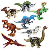 rex spielzeug großhandel-8 stücke Los Kunststoff Jurassic Dinosaurier Legoingly Baustein Spielzeugfigur Indoraptor Velociraptor Triceratop T-Rex Welt Dino Ziegel