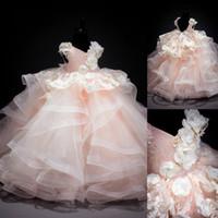 çocuklar katmanlı prenses elbisesi toptan satış-Vintage V Boyun Balo Dantel Aplike Boncuklu Katmanlı Etekler Prenses Elbiseler Çocuk Çocuk Giyim Kız Doğum Günü Partisi Gelinlik