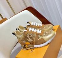 мужская легкая кожаная модная обувь оптовых-2019 L Повседневная обувь кроссовки плоские туфли мужчины женщины мода легкий дышащий повседневная спортивная обувь светлая кожа 8 стилей