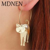 ingrosso orecchini di perle per orecchie forate-Orecchini geometrici in metallo carino 3D Orecchini a cerchio fatti a mano per le donne Lovely Pearl Piercing Ear Golden Kitten Orecchini moda