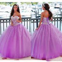 ingrosso abiti di sfera cristalli senza bretelle viola-2019 Purple Sweetheart Crystal Ball Gown Prom Dresses Bling in rilievo senza spalline Quinceanera Dress debutante Vestido De 15 Anos Sweet 16 Dress