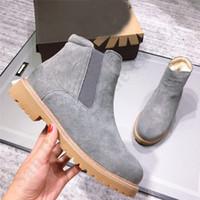 botlar kürk kalın topuk toptan satış-Ug Vintage Kadınlar Boots Star Style C101401 Kadın Kalın Topuk Kar Boot Klasik Avustralya Martin Boots Ayak bileği Ayakkabı için Pigskin Kürk Boots Isınma