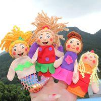 juguetes de madera para montar al por mayor-Títeres dedo de los niños lindos de los juguetes la muñeca del dedo Tales linda Caperucita Roja para madera de cabeza marionetas de mano Hada 4 PC /