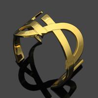 braçadeira de bronze venda por atacado-2019 top quality and brand material de Bronze amor punk abriu oco Bangles Design Cuff Bracelet Cufflink Enviar Mulheres e mãe presente