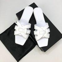 sandales roses plates achat en gros de-sandales pour dames designer chaussures bloom perle luxe diapo mode estivale sandales plates yz19051603
