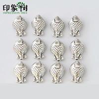 pulseira em forma de peixe venda por atacado-2 PCS 13 * 19 MM liga de zinco bonito Little Fish Shaped Retro Sliver encantos para DIY jóias fazendo pulseira acessórios 1002