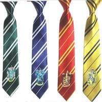 corbata para niños al por mayor-Harri Potter Corbata Corbatas Gryffindor / Slytherin / Hufflepuff / Ravenclaw Corbatas corbatas Cosplay Disfraces 4 CASAS harry potter corbata dar regalo a los niños