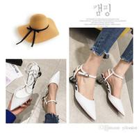 yüksek topuk ayakkabıları siyah yaz toptan satış-Yeni stil Siyah ve beyaz lifler Kadın Sandalet Tasarımcı Ayakkabı Lüks Slayt Yaz Moda Geniş Düz Kaygan Sandalet Ince topuk Y ...