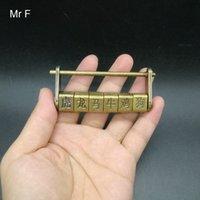 ingrosso antichi giocattoli cinesi-Regalo del capretto Old Style Cultura cinese antico Zodiaco Cipher Blocco del giocattolo del gioco