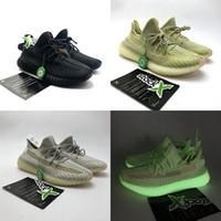 zapatos para correr que brillan intensamente al por mayor-Zapatos Mujer Hombre Zapatillas de deporte de diseñador Zapatillas para correr Antila Synth Lundmark Estática no reflectante negra Kanye West Luxury Sport Green Glow GID