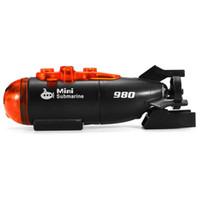 rc barcos submarinos al por mayor-Mini barco de barco submarino RC con control remoto de radio con regalo de juguete con luz led