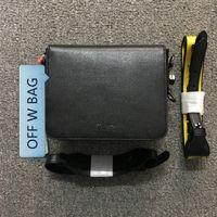 pastas de couro venda por atacado-OFF OW MINI fichário grampo tarja sacos preto e branco Ombro Couro Couro Bolsa SCULPTURE Office Clip Box Bolsa Crossbody Bag