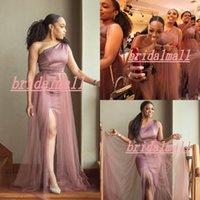 tek taraflı omuz gelinlik toptan satış-Bir Omuz 2020 Mermaid Gelinlik Modelleri Yan Bölünmüş Artı Boyutu Düğün Konuk Törenlerinde Ülke Plaj Hizmetçi Onur Elbise ...