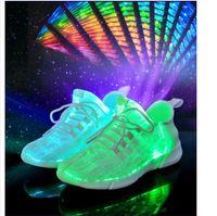 chaussures coréennes taille achat en gros de-2019 nouvelles chaussures légères mode chaussures coréennes pour enfants des chaussures USB chargeant des chaussures de sport 3 couleurs + taille 26 ~ 46