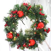 coroa de ouro venda por atacado-Natal verde Garland ouro vermelho bolas luzes enfeites de Natal decorações de suspensão do Home Office Corona di Natale in H99F rattan