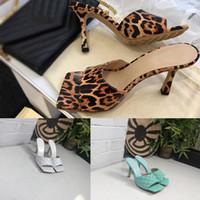 tecidos de sonho venda por atacado-Mulheres de Luxo Designer de sonho nappa Toe quadrado Sandália SENHORA SANDÁLIAS moda feminina Woven chinelos Mulher de Casamento Tecido de salto alto