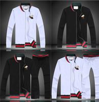 jackets for embroidering al por mayor-Diseñador de moda de lujo Hombre clásico de moda bordado algodón de abeja chándal diseñador de invierno chaqueta negra blanca chándal