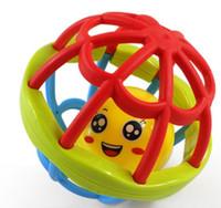 hölzerne hand-rasseltrommel großhandel-2019 kunststoff dual farben hohlkugeln kinder spielzeug hot toys lernspielzeug training spielen roll ball interaktives spielzeug