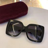 cristales de moda al por mayor-2019 Nueva moda mujer gafas de sol 5 colores marco cristalino brillante diseño cuadrado grande marco señora caliente diseño UV400 lente con el caso