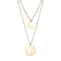 beaux pendentifs élégants achat en gros de-1 pcs Collier Belle Décoration Élégant Creux Cadeau Alliage Collier Lune Pendentif pour Ami Amant Femme Mère