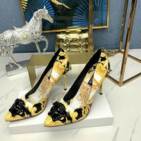 talons aiguilles confortables achat en gros de-2020 nouvelle arrivée dames de la mode classique sandales confortables en cuir femmes banquet tendance diamant talons aiguilles pointe de la mode des sandales 667