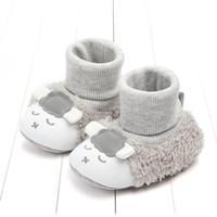 ingrosso scarpe animali per neonati-Stivali di agnello bambino scarpe bambino inverno bambina Grigio rosa Pecora animale Stivaletti di agnello Caldo interno Morbido