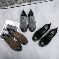 zapatos de cuero marrón para hombres al por mayor-ERRFC Otoño Invierno para hombre Brown Oxford zapatos de punta redonda zapatos de gamuza Hasta cerdo Hombre seguridad en el trabajo de encaje de cuero gris Cepillo Zapatos 38-44