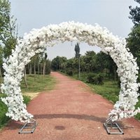 decorações de arco venda por atacado-Upscale Branco Casamento Centrais de Flores de Cerejeira Com Moldura Porta Arco Conjunto Para Decoração Do Feriado Adereços de Tiro Frete Grátis