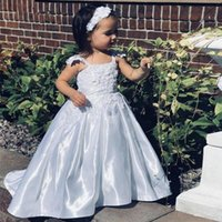 Wholesale flowers girl wedding dress spaghetti straps resale online - Cute Satin White Flower Girls Dresses With Spaghetti Strap Lace Appliques Pleat Skirt Toddler Communion Dress Spring Kid s Party Gowns Cheap