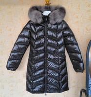 abrigo de piel abajo al por mayor-Marca Chica Mujer Nylon Satén Abrigo largo Invierno Cálido Dama Ropa Fox Fur Trim Down Jacket