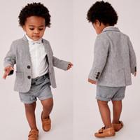 photos de vêtements pour bébés achat en gros de-Summer Baby Infant Boy Designer Vêtements Costumes formels beau garçon pour mariage dîner de bal des enfants portent (veste + pantalon)