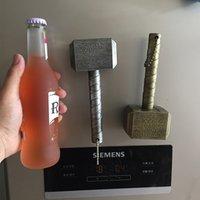 flaschenöffner magnete großhandel-Marvel Raytheon Magnet Bier Flaschenöffner Hammer Of Thor Shaped Bier Flaschenöffner Mit Dem C1122 f