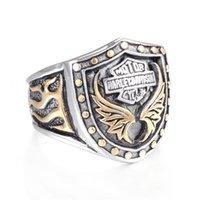 ingrosso anello dell'aquila dell'acciaio inossidabile 316l-Puck Rock Rider Motociclista Biker Ring Hip Hop Argento oro Eagle Wings Anello in acciaio inossidabile 316L Uomo Biker Wing Motorcycle Boys Ring
