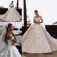 çiçek aplike gelin elbisesi toptan satış-Lüks Arapça Dubai Gelinlik Süpürgelik Kristaller El Yapımı Çiçekler 3D Aplikler Puf Gelin Gelinlikler Yüksek Kalite