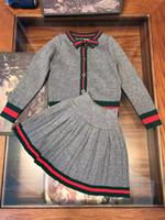 sevimli hırkalar toptan satış-Perakende çocuklar tasarımcı eşofman kızlar marka 2adet etek seti (hırka + etek fırfır) moda sevimli Kore bebek eşofman yılbaşı kıyafetler