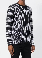 Wholesale zebra printed animals for sale - 19ss Europe Italy woman Autumn Embroidery Yellow zebra Fashion man Luxury Cotton Pullover Hoodie Sweaters Knitwear S XL