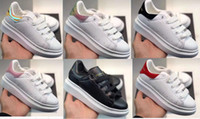 ingrosso disegno dei bambini del velluto-Scarpe da ginnastica per bambini di design a buon mercato di lusso Scarpe casual Sneaker in vera pelle di alta qualità Scarpe da skateboard Sneakers in velluto TAGLIA 24-35