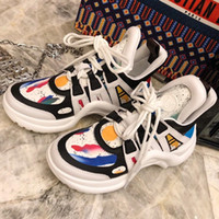 parte superior arqueada al por mayor-Runway Archlight Sneakers Mens Monogram Tie Logo Flat Trainer Sneaker Womens Leather Low-Top Arch Zapatos ligeros Diseñador de moda de lujo