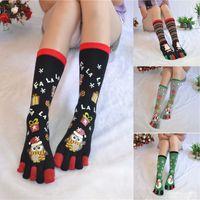 calcetines de navidad para niñas al por mayor-Navidad cinco dedos calcetines de dibujos animados calcetines de tubo medio calcetería niñas mujeres invierno medias calientes regalos de Navidad decoraciones de Navidad WX9-1145