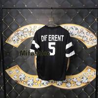 frauen s sweat shirts großhandel-Sommer Luxus Europa Italien Verschiedene 5 Print T-shirt Mode Männer Frauen Kleidung Cool Side Mesh Drain Schweiß T-shirt Casual T