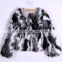 черные белые рубашки оптовых-2018 Autumn Winter New Women's fur coat imitation  hair women's clothing expensive black and white gray mixed shirt short