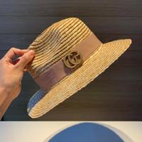 sombrero de paja para mujer de moda al por mayor-2019 lujos diseñador sombrero de copa tapas de paja para mujer de moda cappelli firmati nuevo alta calidad para mujer SUN sombrero G-001