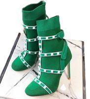 yüksek topuklu kışlık ayakkabılar toptan satış-Kadın Ayak Bileği Patik Çorap Çiviler Boot Tasarımcı Ayakkabı Deri Kesilmiş Streç Örgü Çorap ile Yüksek Topuk Avustralya Kış Çizmeler Kutusu