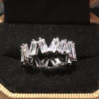 smaragd ringt diamanten großhandel-925 SILBER BAND RING FINGER ENGAGEMENT HOCHZEIT Steinringe PAVE Smaragdschliff Simulierter Diamant Platin Größe 5,6,7,8,9,10,11,12